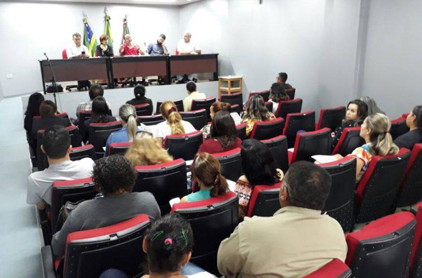 Servidores da saúde também querem saída imediata da secretária Fátima Mrué