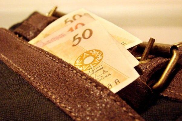 Calote: projeto de lei quer adiar pagamento de ações judiciais