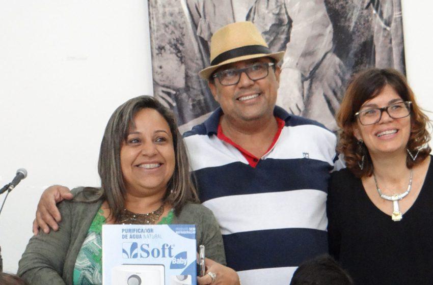 Filiados ganham prêmios durante confraternização do Sindsaúde
