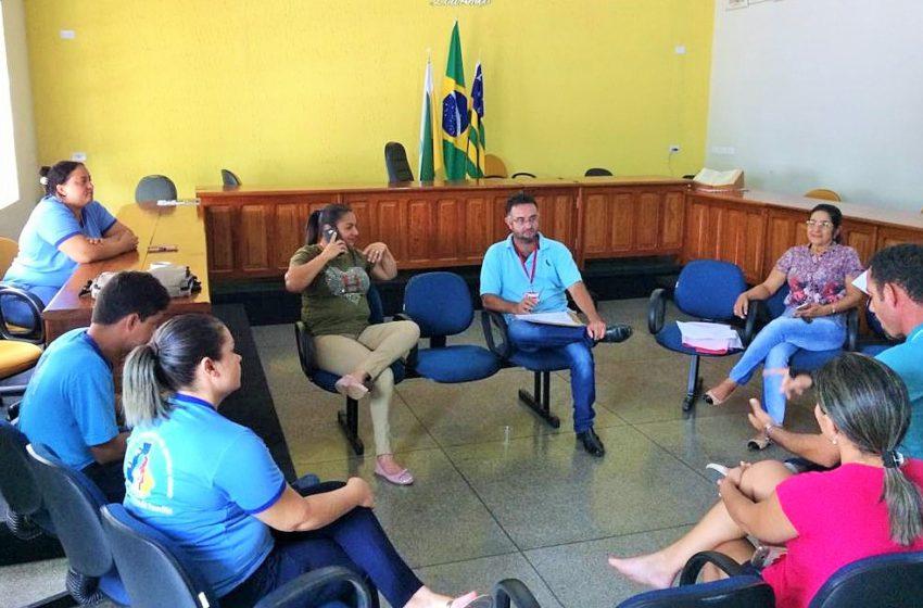 Mundo Novo: Sindicato reúne com servidores para discutir direitos trabalhistas