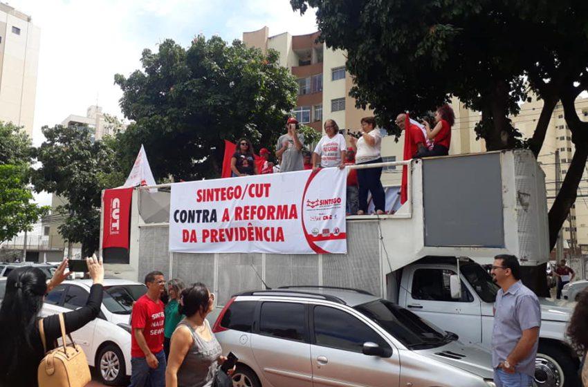Trabalhadores ocuparam as ruas de Goiânia contra a Reforma da Previdência