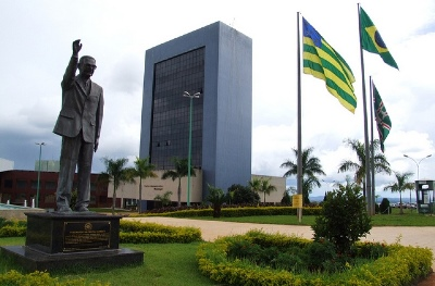Goiânia: Aprovado projeto que permite servidor municipal dividir férias em até três vezes