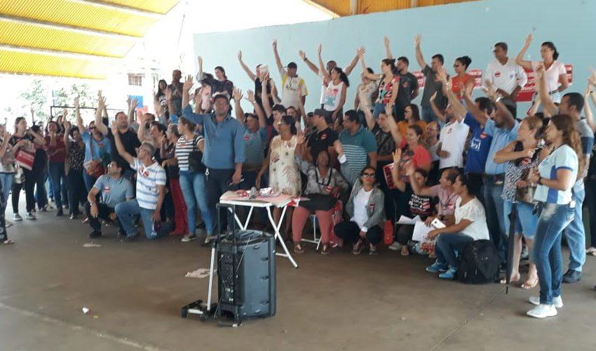 Senador Canedo: prefeito assina acordo pelo fim da greve