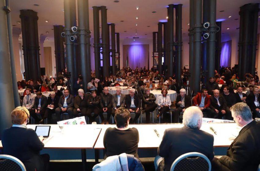 Sindsaúde marca presença em conferência internacional sobre serviço público