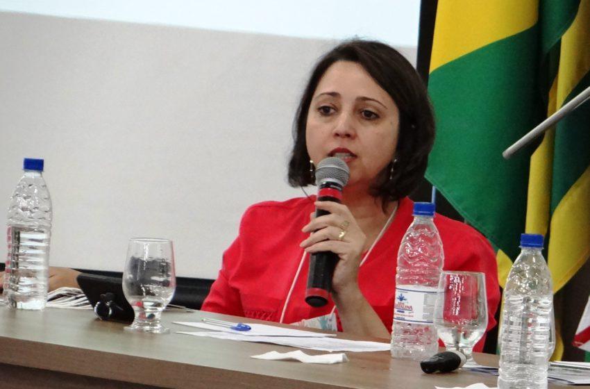 """9ª CONFERÊNCIA: """"possibilidade de formação e de mudança da sociedade"""", defende secretária Geral do Sindsaúde"""