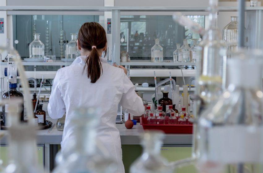 CARREIRA: é preciso corrigir as injustiças cometidas contra a Saúde