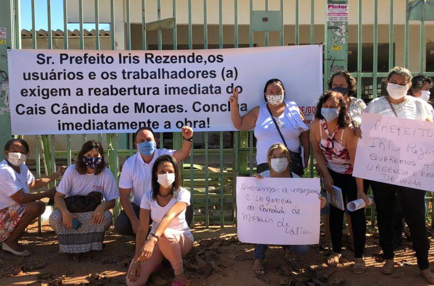 Sindsaúde protesta pela reabertura do Cais Cândida de Morais
