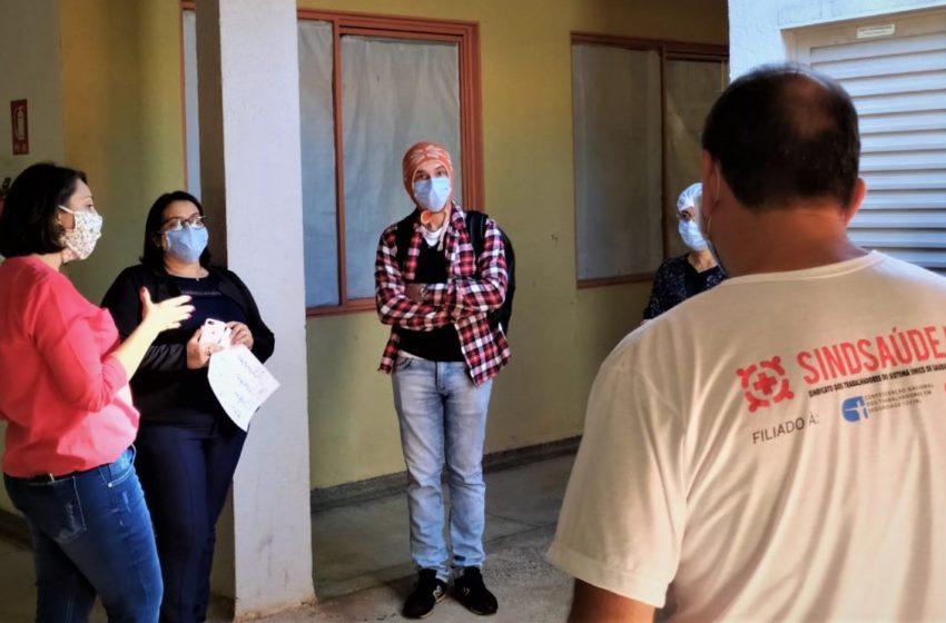 Durante visita ao Caps Novo Mundo, Sindsaúde discute falta de testagem para Covid-19 e EPIs