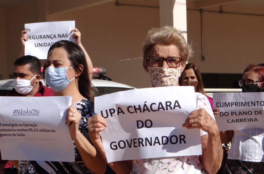 Com protesto, servidores e usuários cobram funcionamento da UPA Chácara do Governador