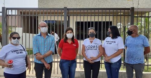 Ato contra as demissões na saúde reúne trabalhadores de Senador Canedo