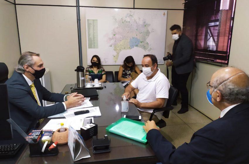 GOIÂNIA: Sindsaúde leva reivindicações ao novo secretário de Saúde