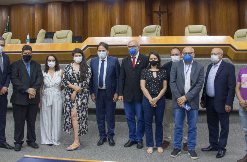GOIÂNIA: frente parlamentar defende vacina para todos