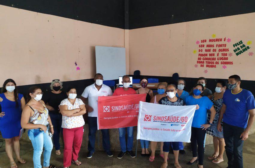 Sindsaúde discute plano de luta com servidores de Santo Antônio do Descoberto