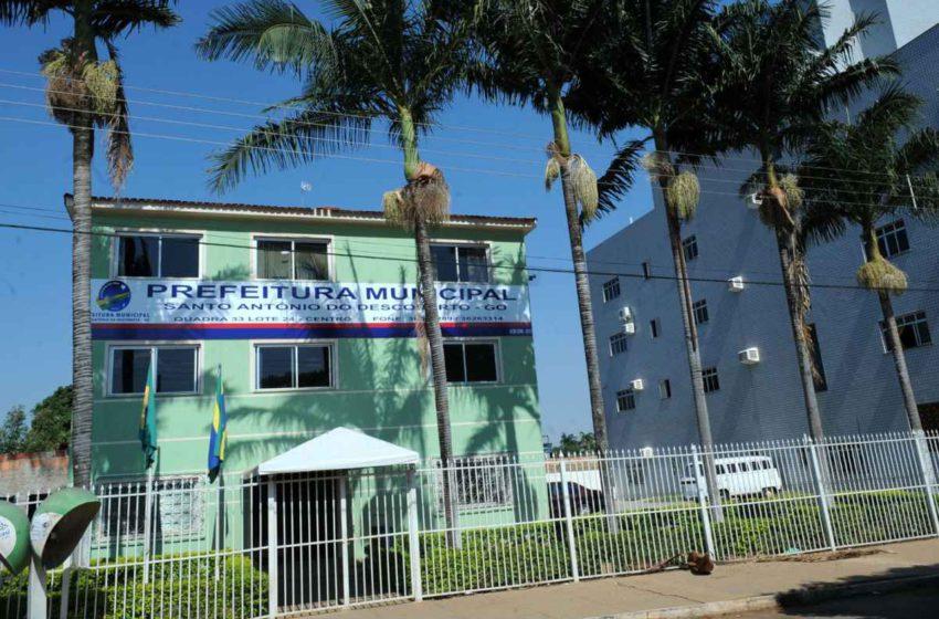 Em plena pandemia, prefeitura de Santo Antônio do Descoberto retira adicional de insalubridade de trabalhadores da saúde
