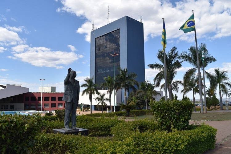 Goiânia: Sindsaúde estuda medidas para revogar Lei 335/2021 que desobriga o pagamento do quinquênio