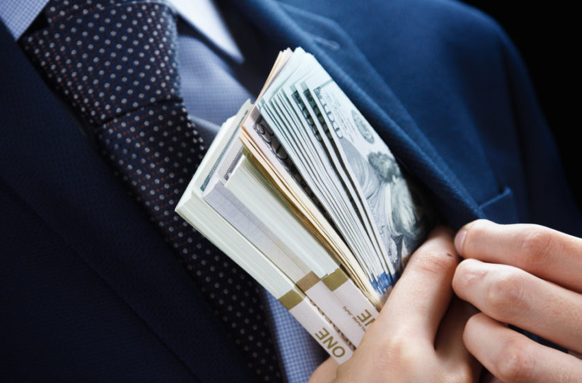 Terceirização na Saúde aumenta custos e abre as portas para a corrupção