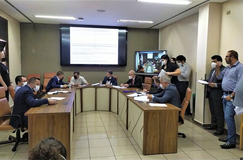 Parecer favorável ao quinquênio dos servidores de Goiânia é aprovado na CCJ da Câmara