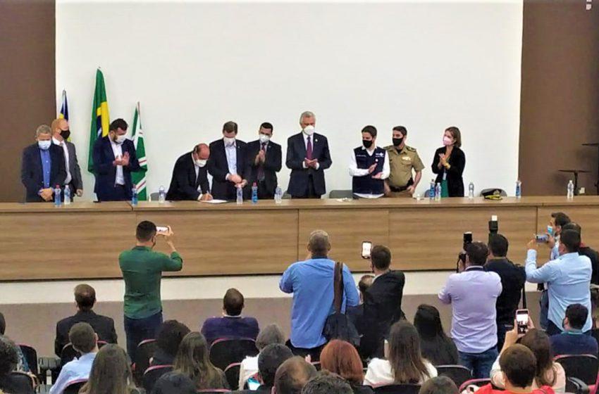 ESTADO: governador autoriza progressão da Saúde e fala sobre produtividade e data-base